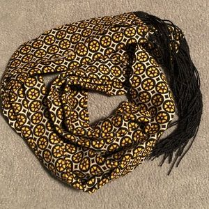 Accessories - FREE w/ Purchase 🐥 Long Skinny Spring Scarf